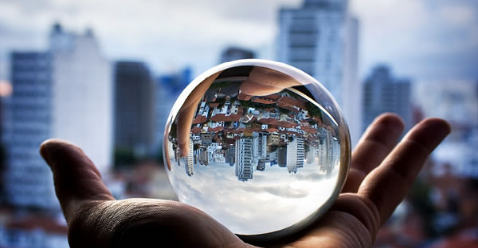 beautiful-buildings-city-crystal-ball-iron-sea-keane-Favim.com-50185